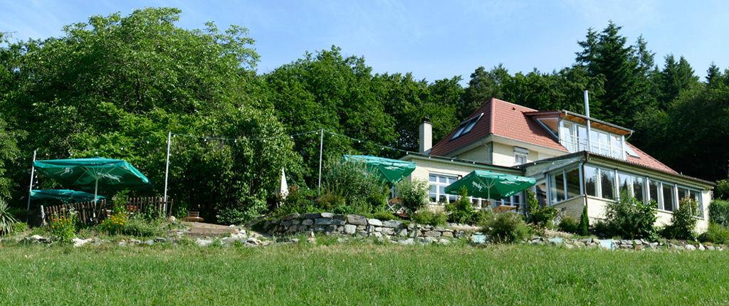 Beispiel: Außenansicht, Foto: Waldrestaurant Zähringer Burg.
