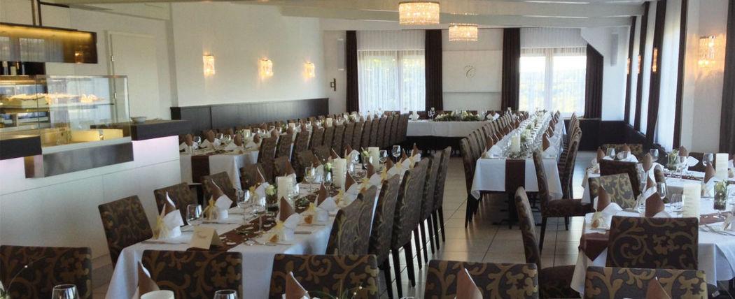 Beispiel: Ihre Festtagstafel, Foto: Hotel Chirstkindlwirt.