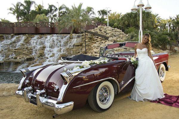 CA009 1954 Buick Skylark burgundy