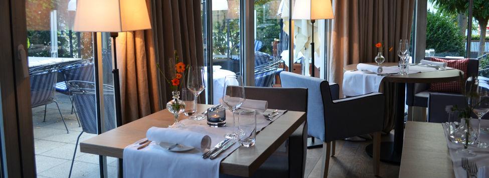 Beispiel: Restaurant - Tischgedeck, Foto: Hotel Restaurant Tandreas.
