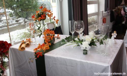 Beispiel: Tischdekoration Foto: Hochzeitsdekorationen.de