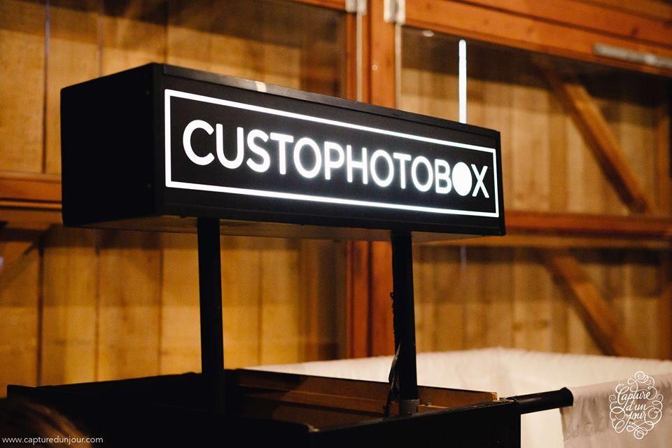 Custo Photo Box