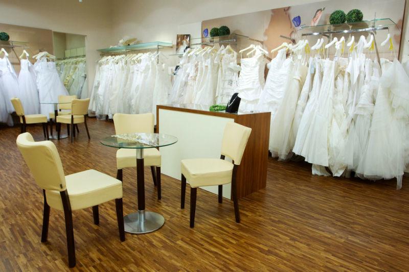 Beispiel: Geschäft, Foto: Steinecker Brautmode Graz.