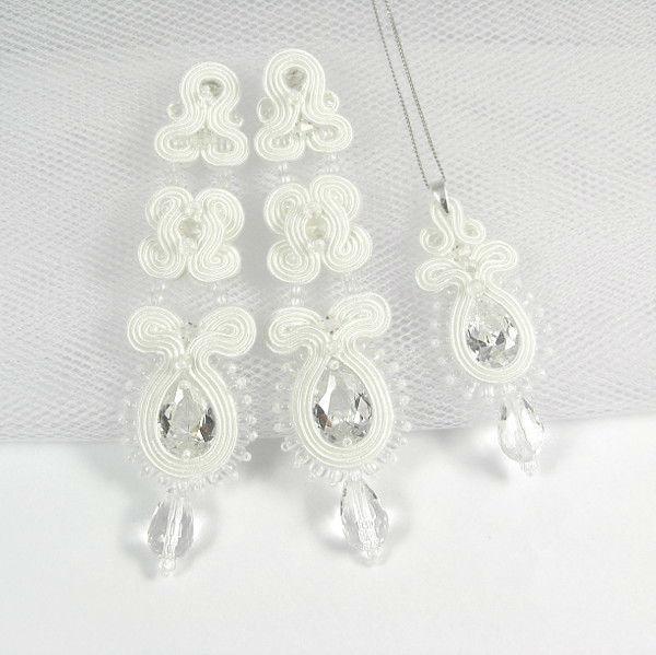 Małgorzata Sowa - PiLLow Design, Biżuteria ślubna sutasz. Śnieżnobiałe, długie sztyfty oraz delikatny wisiorek z cyrkoniami