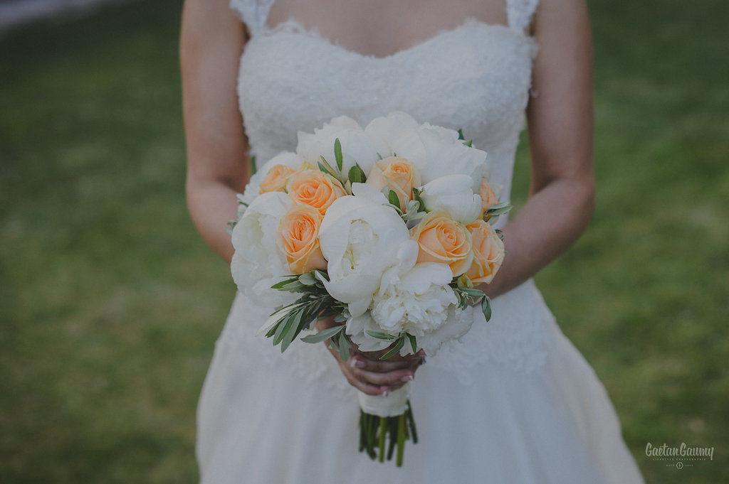 © Gaetan Gaumy Bouquet mariée pivoines Rock My Love organisation mariage