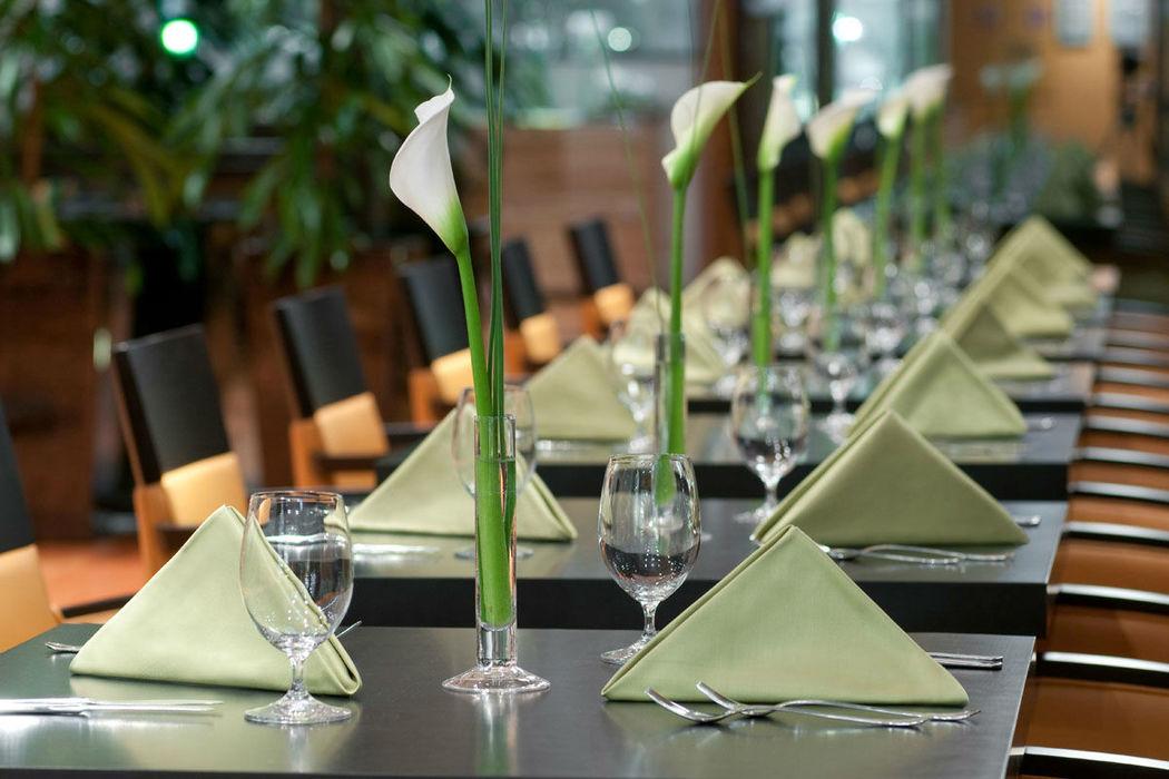 Beispiel: Tischdekoration, Foto: Warmbaderhof.