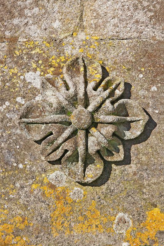 Florón decorativo de la fuente