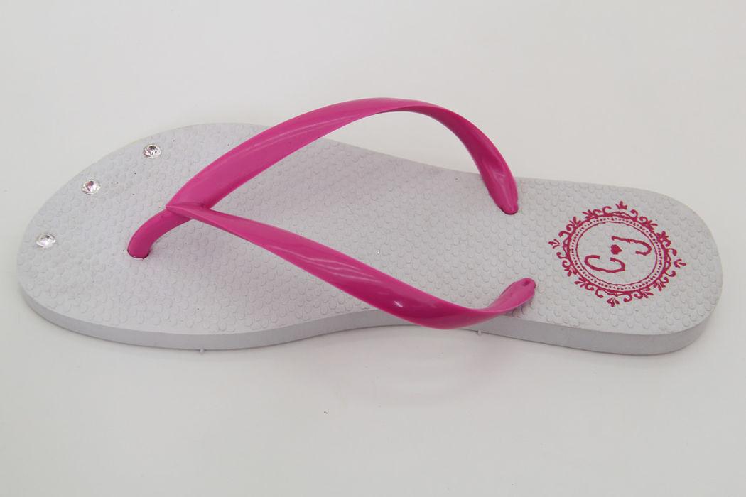 Chinelo Branco com Pink e Strass