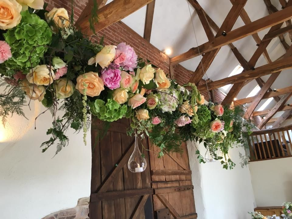 hanging table flowers