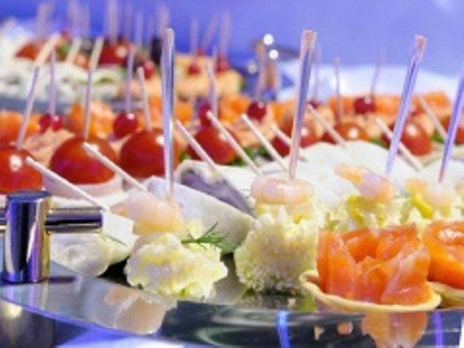 Beispiel: Fingerfood, Foto: Hombergerhaus.