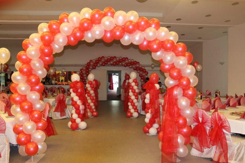 Beispiel: Bunter Ballonspaß, Foto: Arkadas Dekorasyon.