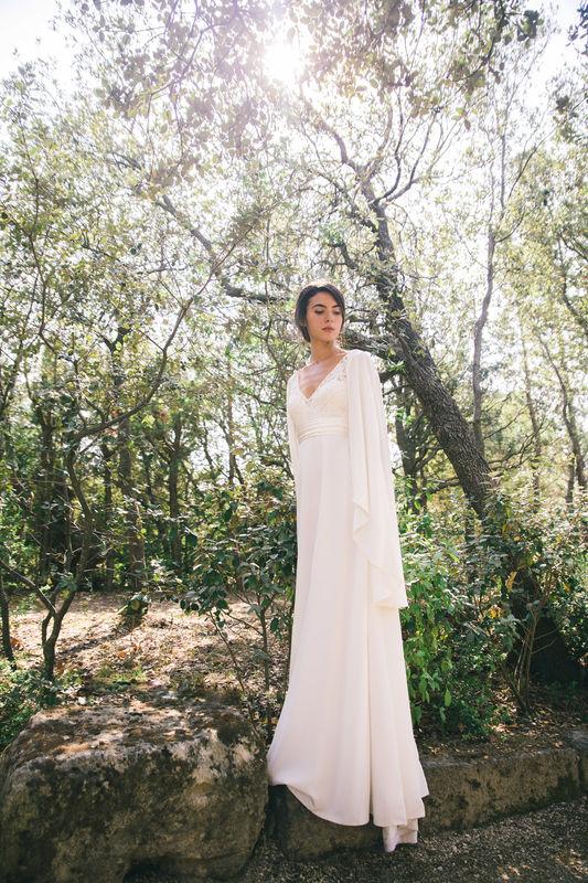 Robe de mariée en soie : Martina et Cape