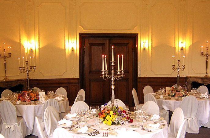 Beispiel: Hochzeitsgedeck, Foto: Schloss Eicherhof.