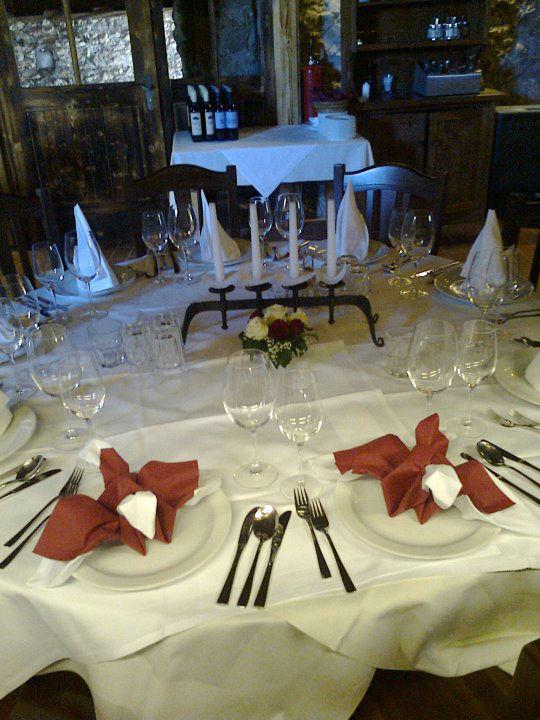 Beispiel: Tischdekoration, Foto: Burgarena Finkenstein.