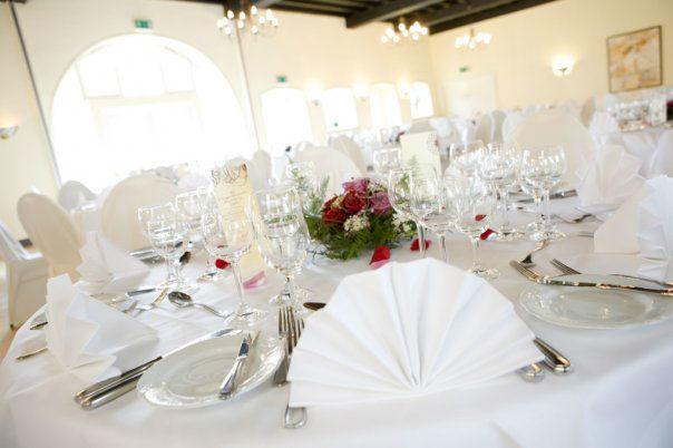 Beispiel: Tischdekoration, Foto: Schloss Reinach.