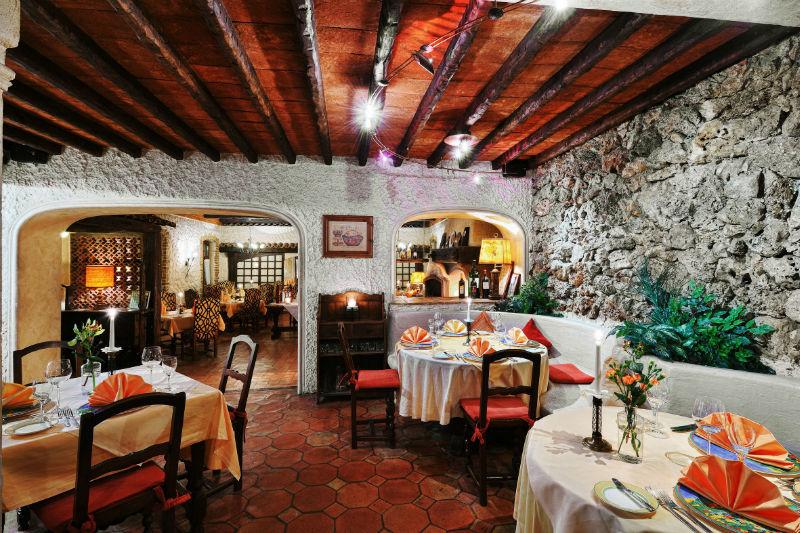 Beispiel: Restaurant, Foto: Landhaus Diedert.