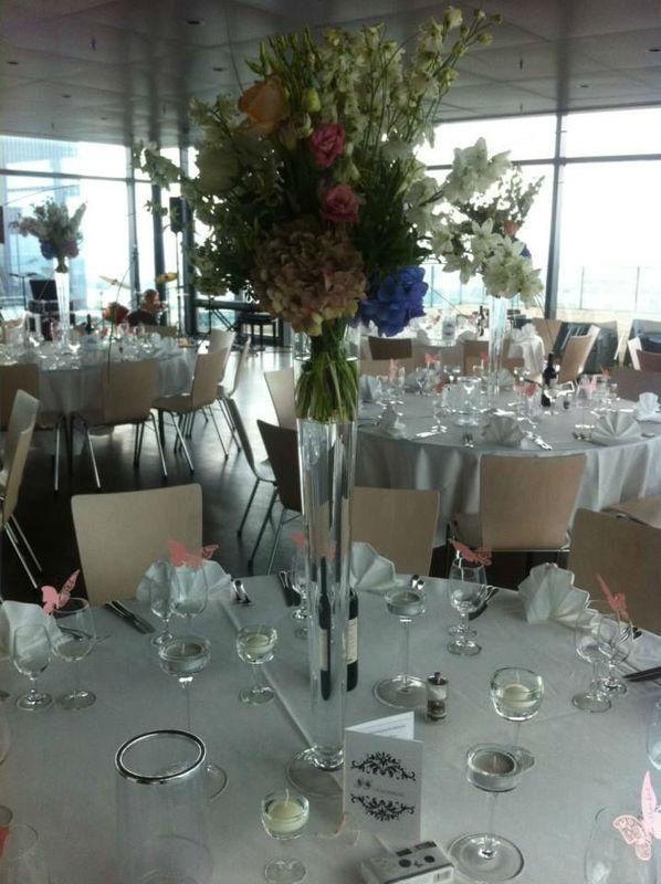 Beispiel: Hochzeitsgedeck, Foto: Bar and more Eventcatering.
