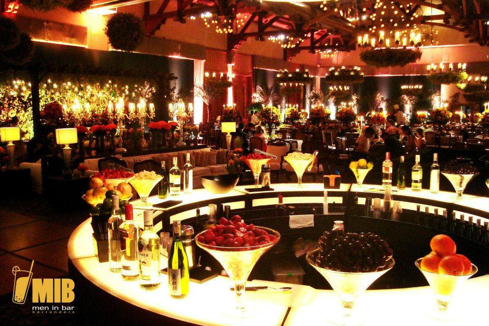 MIB - Men in Bar Bartenders
