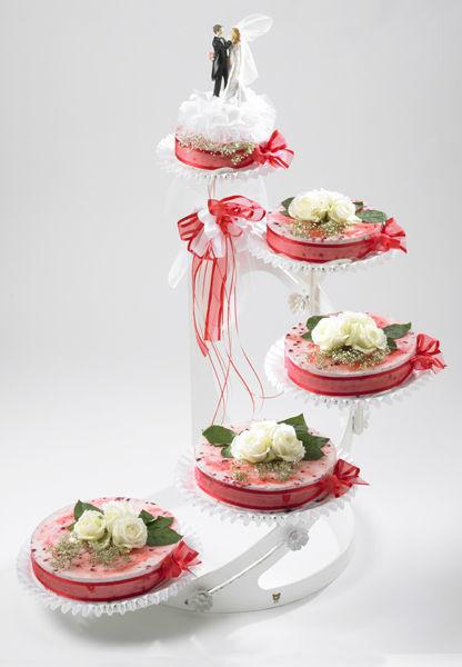 Beispiel: Hochzeitstorte: Pure Roses, Foto: Mandelbärli.