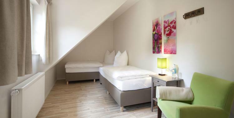 Beispiel: Gästezimmer, Foto: Rittergut Grossgoltern.