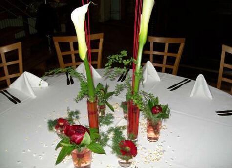 Beispiel: Tischschmuck, Foto: Blumen Reinhard.
