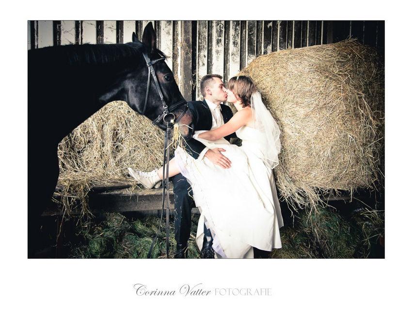 After-Wedding-Shooting-mit-Pferd  Corinna Vatter Fotografie