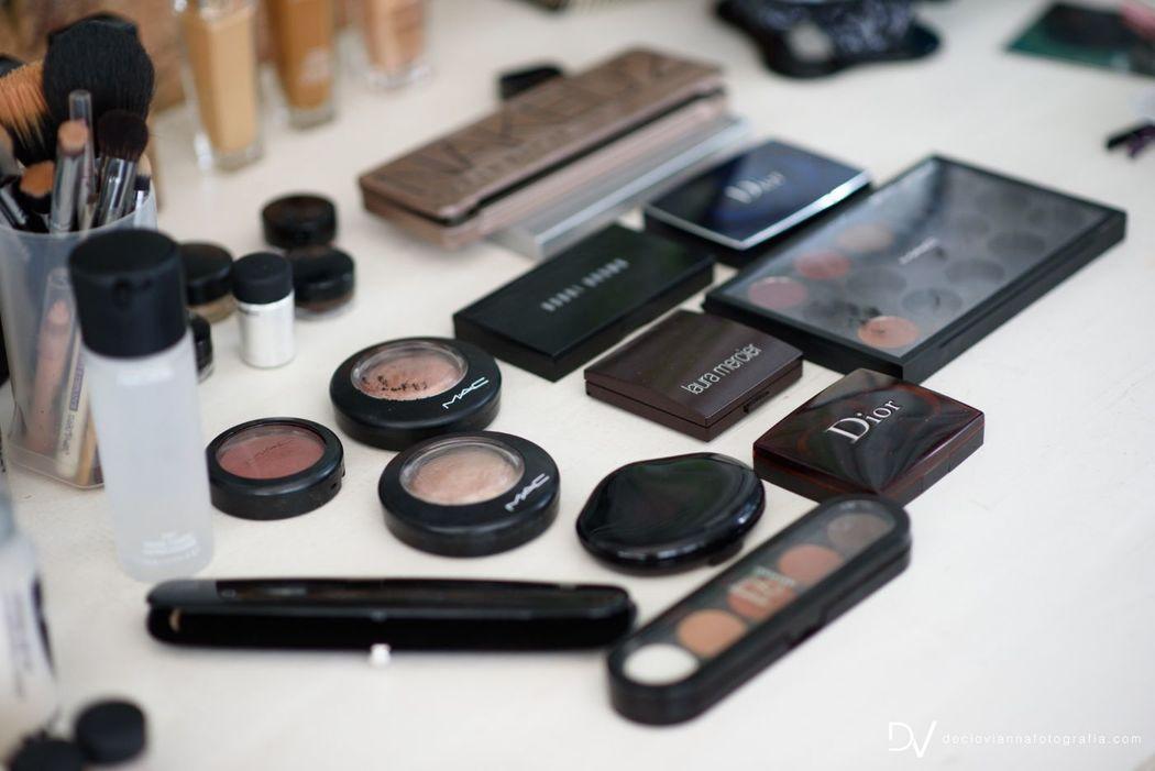 Jeane Santos Makeup & Hair Artist