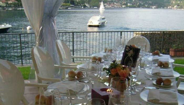 Pranzo sulle rive del lago - Lido di Lenno