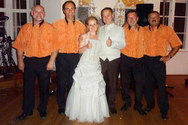 Beispiel: Band, Foto: Hochzeitsband-Joy.