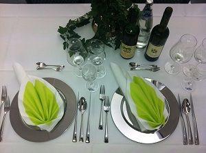 Beispiel: Tischdekoration, Foto: Hotel am Rosenplatz.