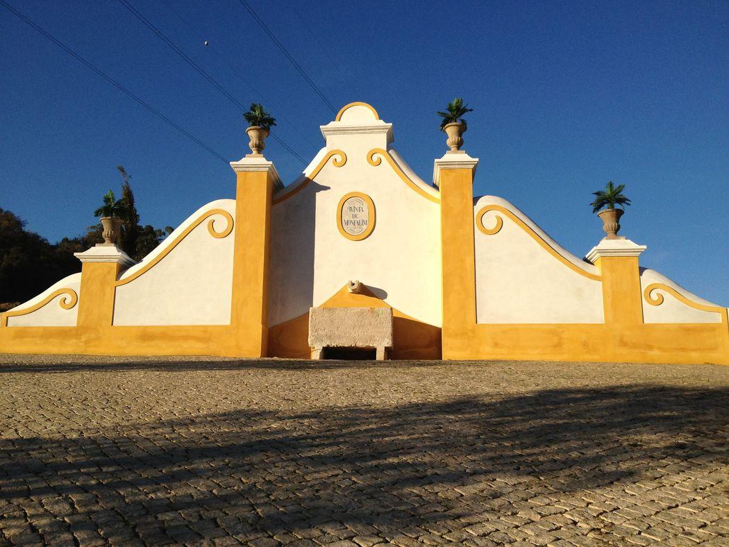 A entrada da Quinta de Monfalim