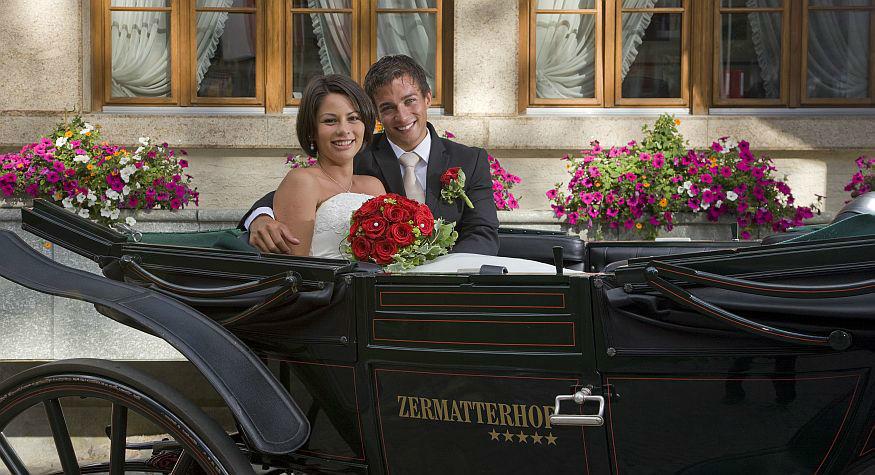 Beispiel: Ihre Hochzeit mit Pferdekutsche, Foto: Grand Hotel Zermatterhof.