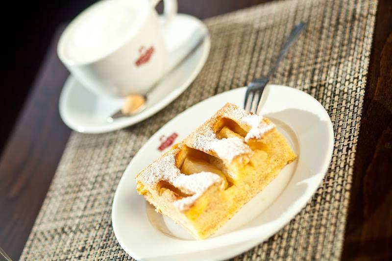 Beispiel: Kaffeezeit, Foto: Gasthaus Foerdeblick.