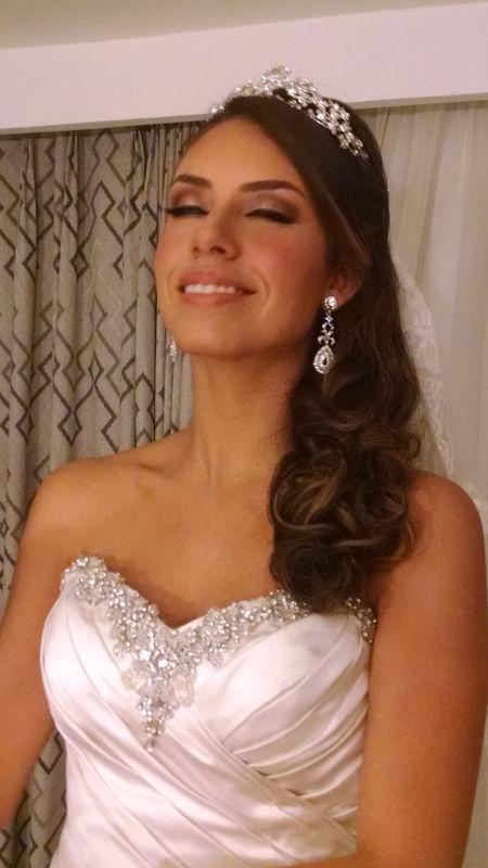 Beleza:  Alline Roza Maquiadora especializada em noivas. Maquiadora especializada em noivas.
