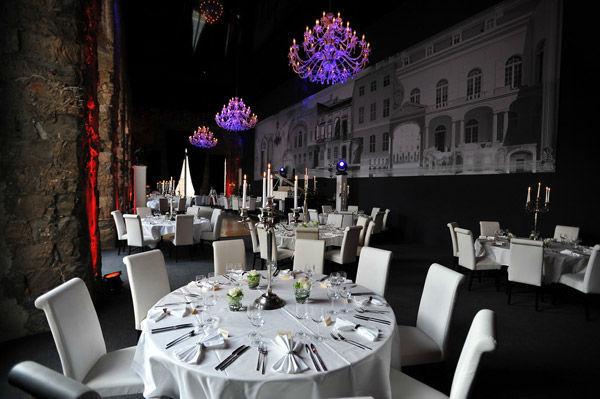 Beispiel: Festsaal - Hochzeitsbankett, Foto: Kurländer Palais.