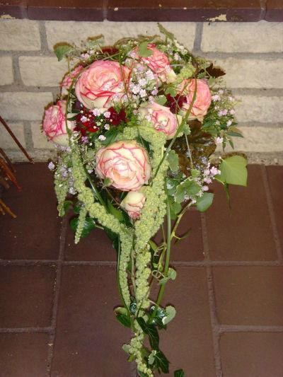 Beispiel: Brautstrauß, Foto: 4 Seasons Floristik.
