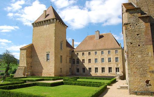 Le Château Pierreclos
