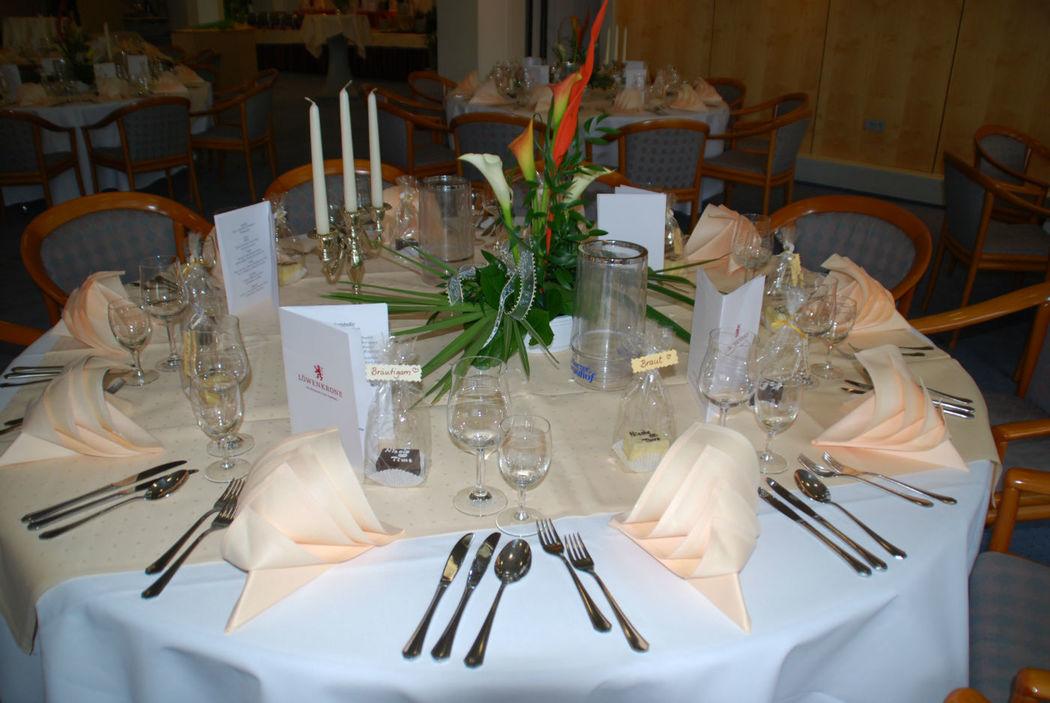Beispiel: Tischdekoration, Foto: Löwenkrone.