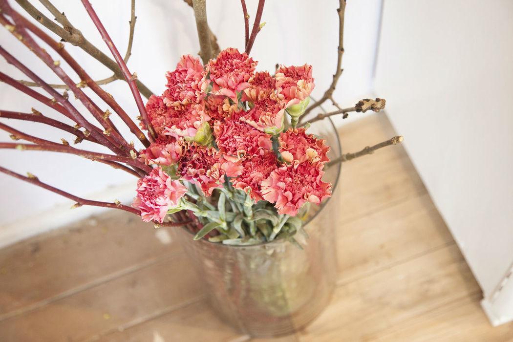 Beispiel: Blumendekoration, Foto: Claudia Reitinger - Florale Gestaltung.