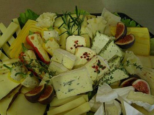 Beispiel: Käseplatte, Foto: Arado Treff.