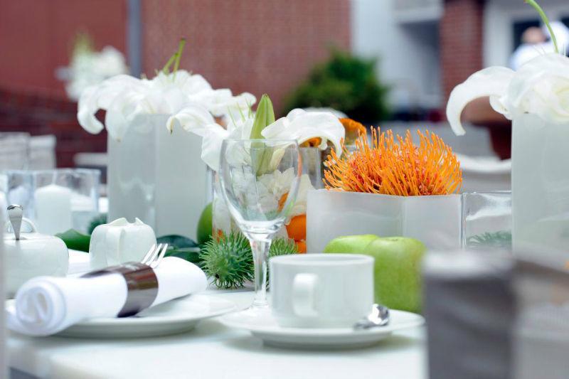 Beispiel: Wunderschöne Tischdekoration für Ihre Hochzeit, Foto: Ellington Hotel.