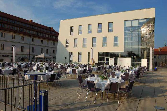 Beispiel: Terrasse, Foto: Mat's Cafe und Bistro.