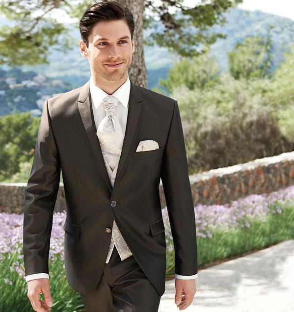 Beispiel: Der Anzug mit Eleganz, Foto: Milano Männermode.