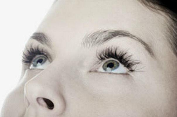 Beispiel: Wimpernverlängerung, Foto: In Sachen Styling.