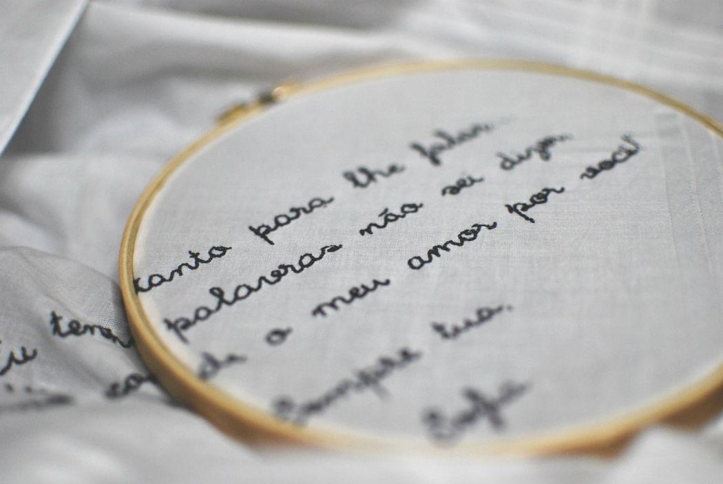 lenço bordado, oferta para o pai da noiva
