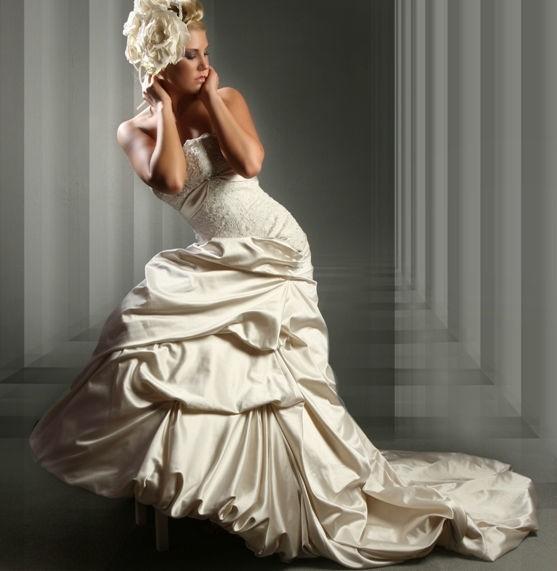 Beispiel: Brautmode für jeden Geschmack, Foto: Eliyzi Couture Berlin.