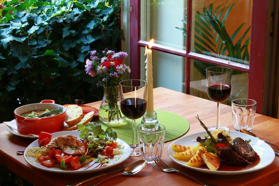 Beispiel: Gemütliches Ambiente im Kromer´s, Foto: Kromer´s Restaurant & Gewölbekeller.