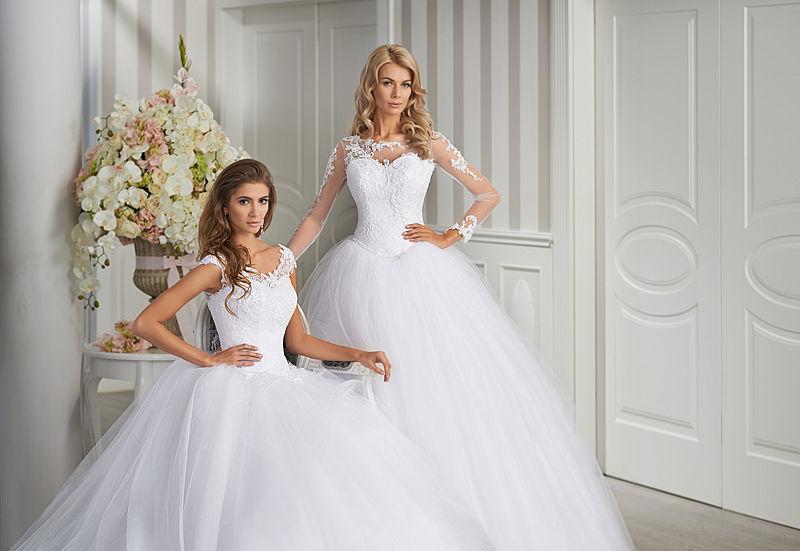 Oryginalne suknie ślubne Emmi Mariage Exclusive. Kolekcjka 2015