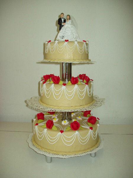 Beispiel: Hochzeitstorte, Foto: Café am Augustinum.