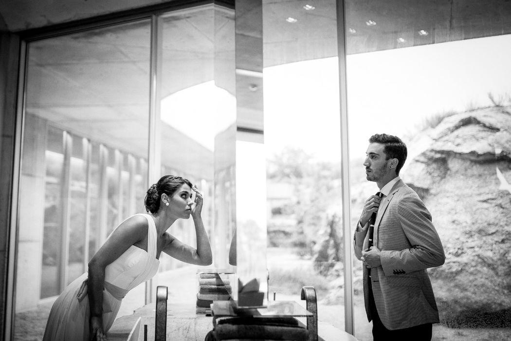 A intensidade de um dos dias mais importantes da vida de um casal. A preparação para o grande momento, o tão esperado encontro e a ida para a eternidade de uma vida a dois